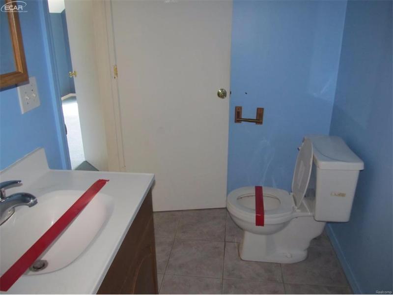 106 N Ann St,  Fenton, MI 48430 by Inca Realty Llc $85,500