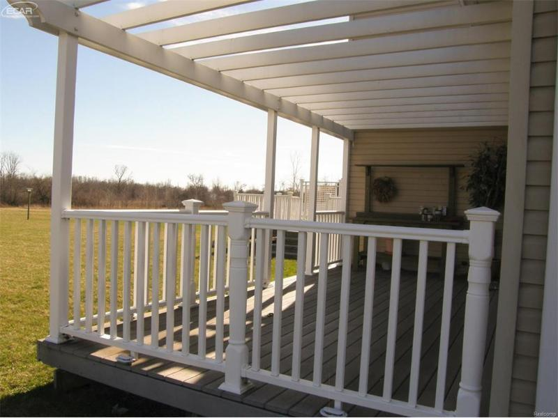 1310  Jackson Dr,  Owosso, MI 48867 by Remax Tri County $159,900