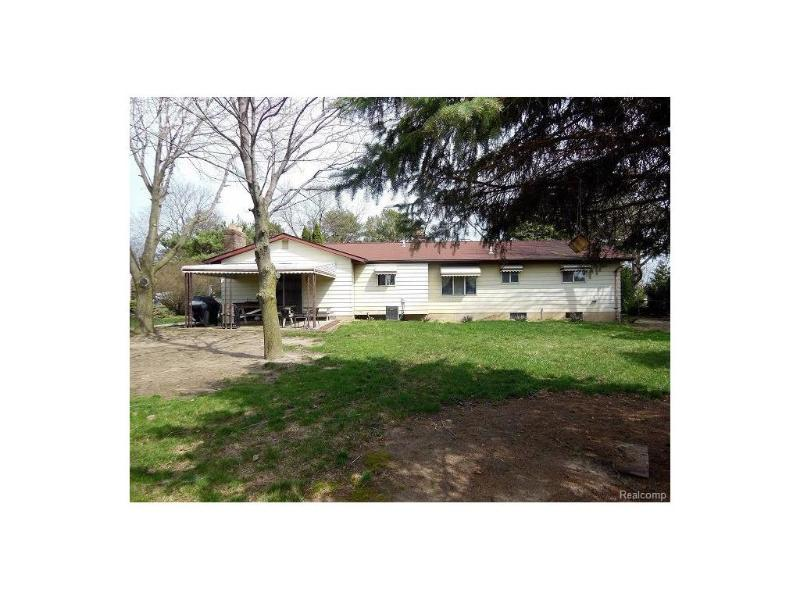 3129  Dillon Rd,  Flushing, MI 48433 by Century 21 Woodland Realty $142,900