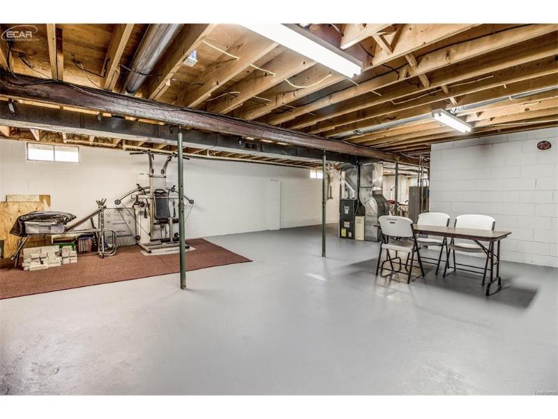 14040  Fish Lake Rd,  Holly, MI 48442 by Remax Platinum Fenton $149,999