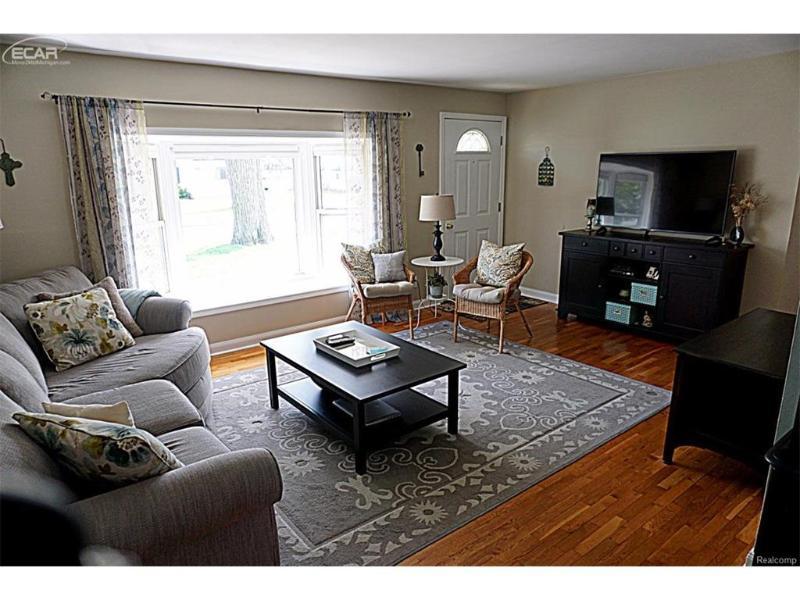 6390  Springdale Blvd,  Grand Blanc, MI 48439 by Remax Select $99,900