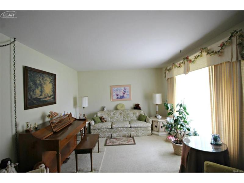 3187  Pine Hill Pl,  Flushing, MI 48433 by Lucy Ham Group Inc $117,900