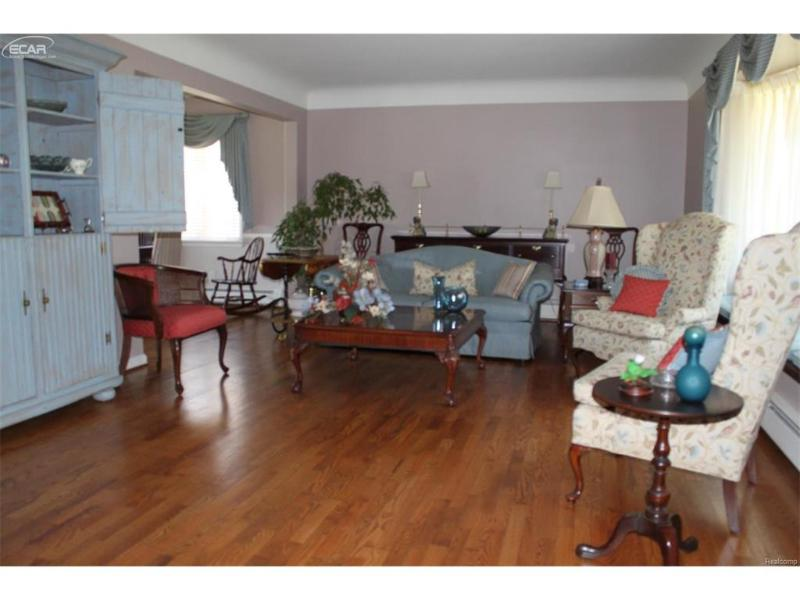 4485  Cedardale Ln,  Flushing, MI 48433 by Remax Town & Country $244,900
