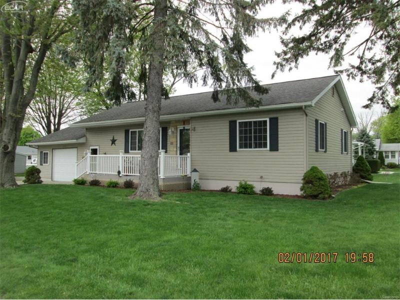 815 N Dewey St,  Owosso, MI 48867 by Burrell Real Estate $133,000