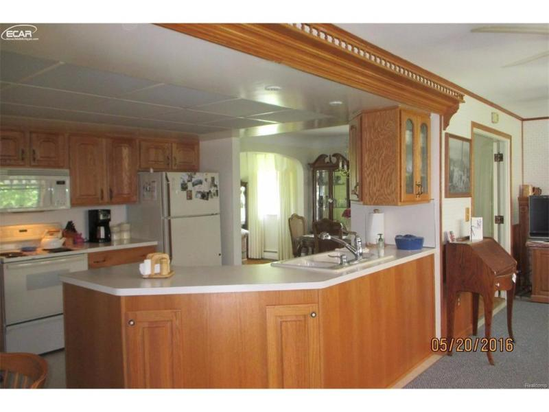 513  Hut West Dr,  Flushing, MI 48433 by Century 21 Woodland Realty $139,900