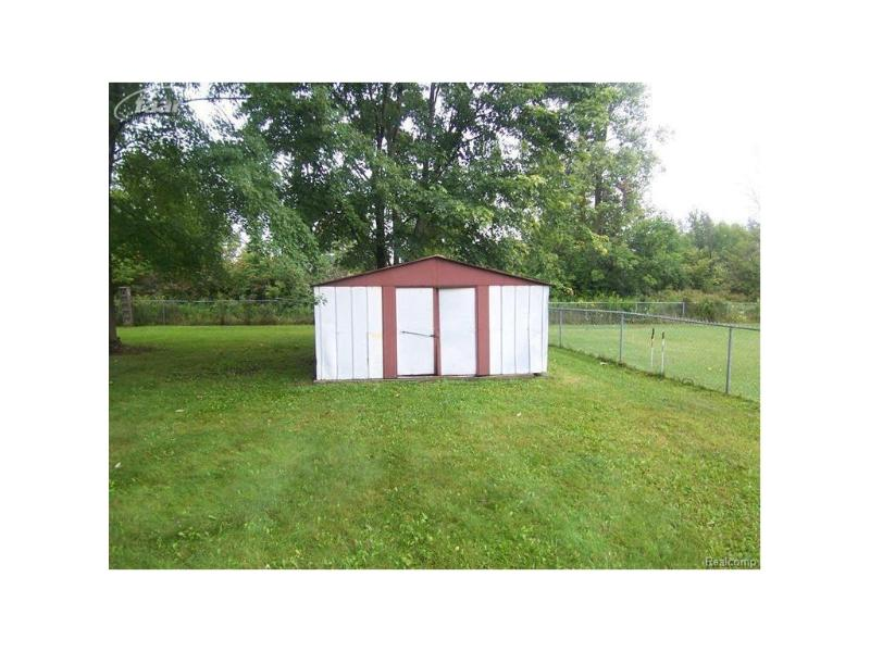11039  Langdon Dr,  Clio, MI 48420 by Remax Right Choice $84,900