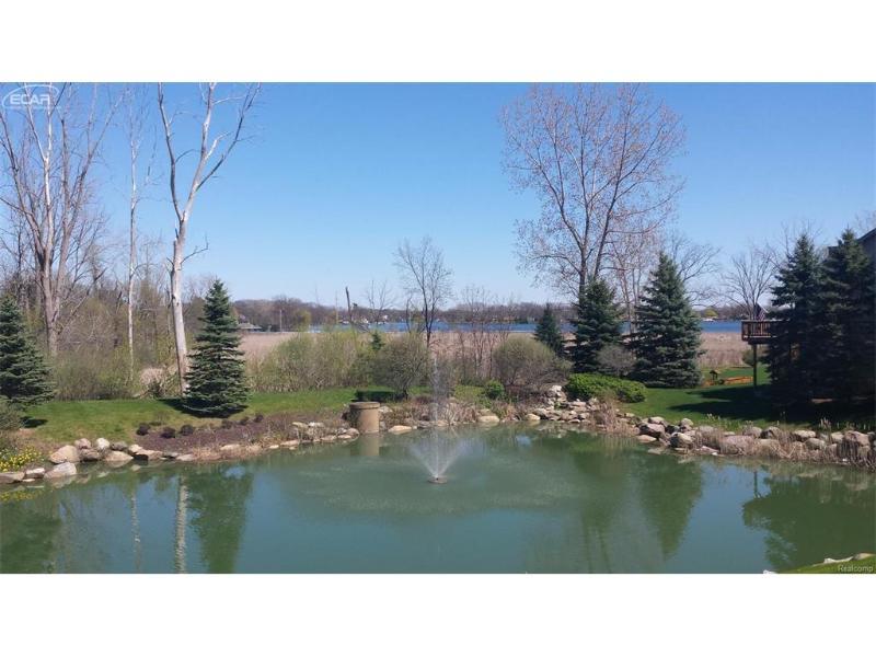 3107  Harbor Pointe Cir,  Fenton, MI 48430 by Berkshire Hathaway Homeservices Michigan Real Esta $279,000