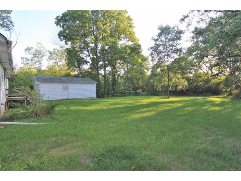 2356 S Dye Rd,  Flint, MI 48532 by Remax Real Estate Team $94,900