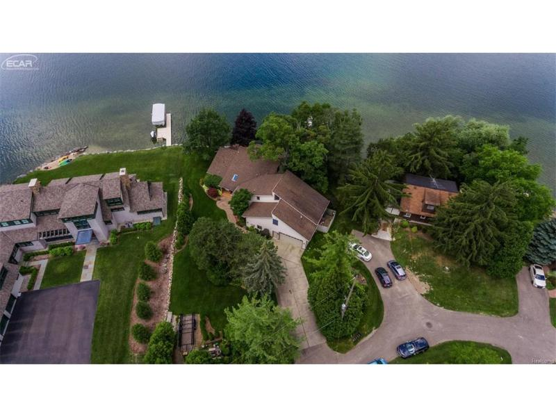 12402  Woodhull Land,  Fenton, MI 48430 by Remax Platinum Fenton $699,999