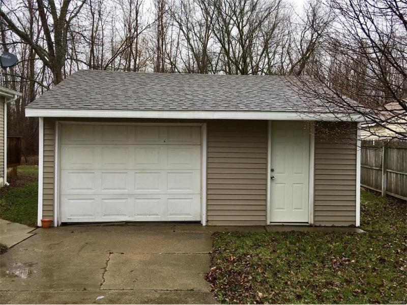6055  Bunker Hill St,  Flint, MI 48506 by Keller Williams Realty $85,000
