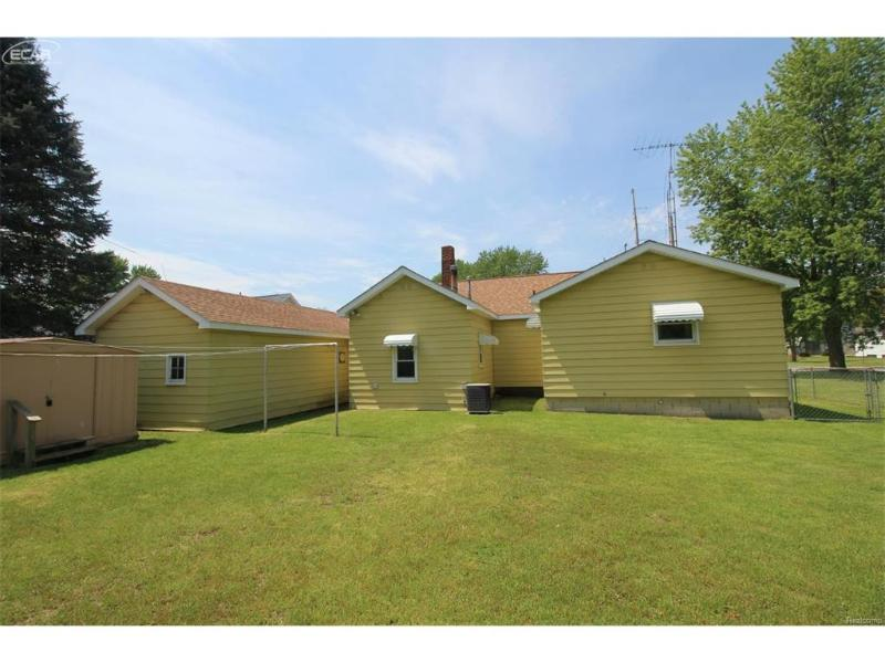 184 N Genesee St,  Montrose, MI 48457 by Lucy Ham Group Inc $74,900