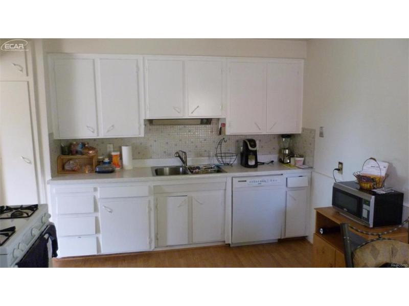 25529  Marilyn Ave,  Warren, MI 48089 by Crown Real Estate Group $109,900