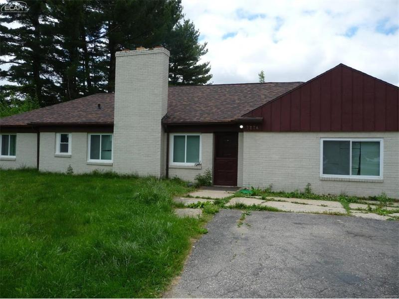 7274  Linden Rd,  Swartz Creek, MI 48473 by Remax Platinum Fenton $119,900
