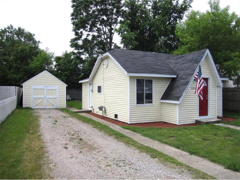 1055 W Mclean Ave,  Flint, MI 48507 by Berkshire Hathaway Homeservices Michigan Real Esta $44,900