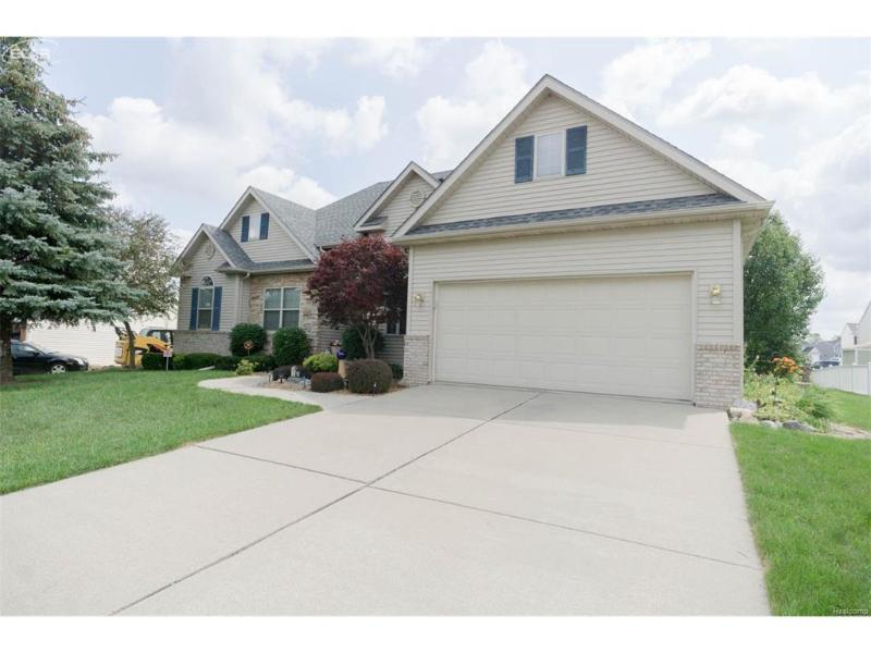4335  Maplewood Meadows Ave,  Grand Blanc, MI 48439 by Century 21 Metro Brokers $209,900