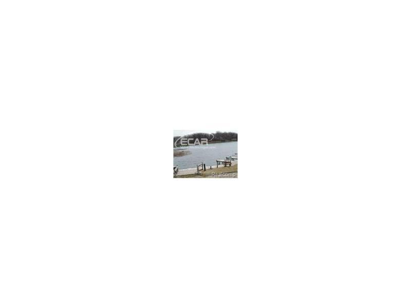 8289  Silver Lake Rd,  Linden, MI 48451 by Remax Grande $790,000