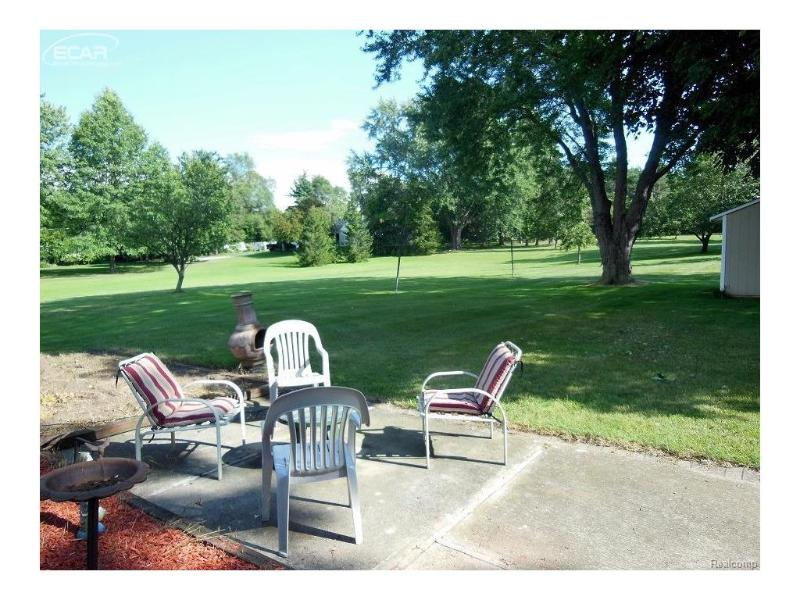 118 E River Rd,  Flushing, MI 48433 by Century 21 Woodland Realty $149,900