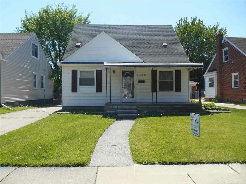 20640 Kenosha St,  Harper Woods, MI 48225 by Unity Real Estate $875