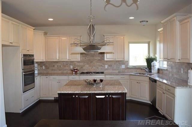 1667 Oak Forest Troy, MI 48085 by Ladd'S, Inc. $541,600