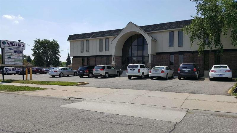 18600 Florence,  Roseville, MI 48066 by Unity Real Estate $550