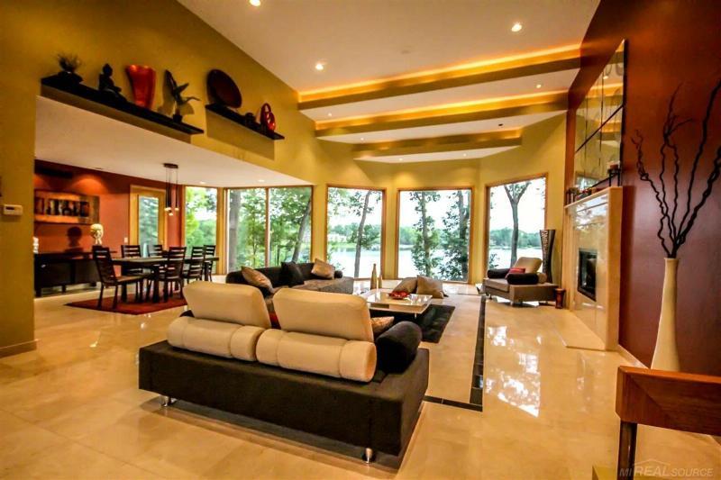 1765 Heron Ridge Bloomfield Hills, MI 48302 by Coldwell Banker Professionals Port Huron $2,987,999