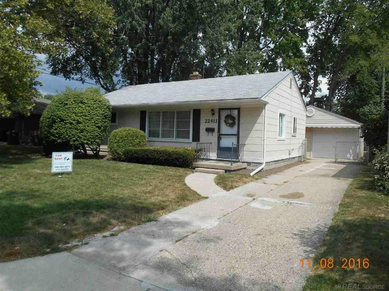22411 Wildwood,  St. Clair Shores, MI 48081 by Unity Real Estate $950