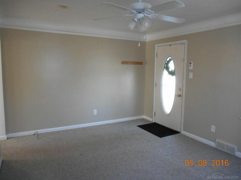 22420 Revere,  St. Clair Shores, MI 48080 by Unity Real Estate $925