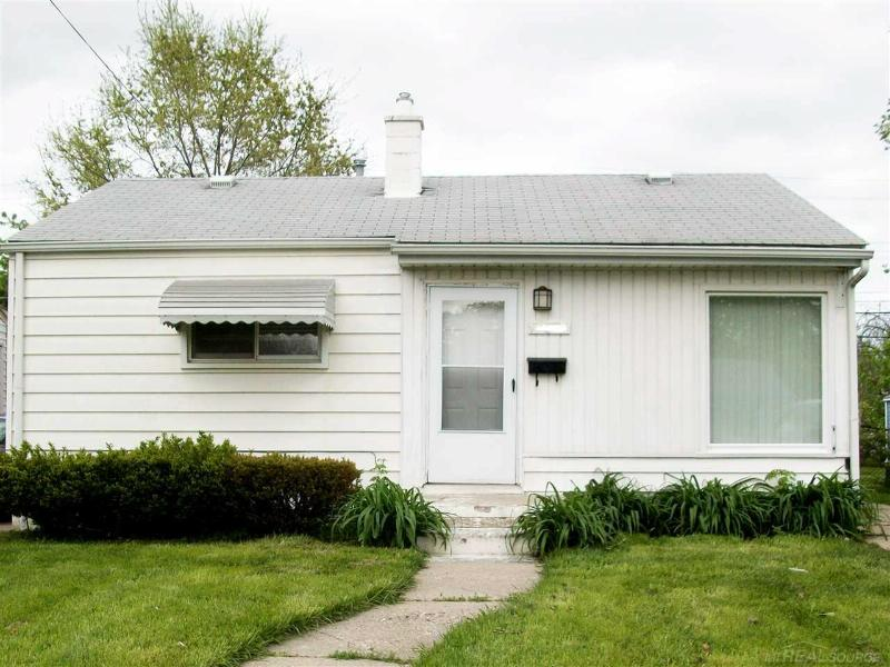 21412 La Salle Blvd. Warren, MI 48089 by Unity Real Estate $795