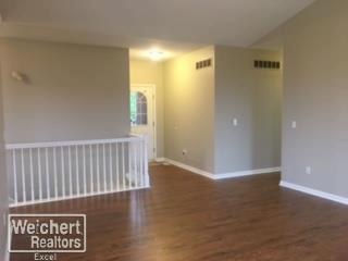 52200 Kings Pointe Dr. New Baltimore, MI 48047 by Weichert Realtors Excel $229,800