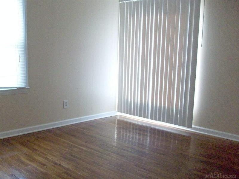 21412 La Salle Blvd.,  Warren, MI 48089 by Unity Real Estate $775