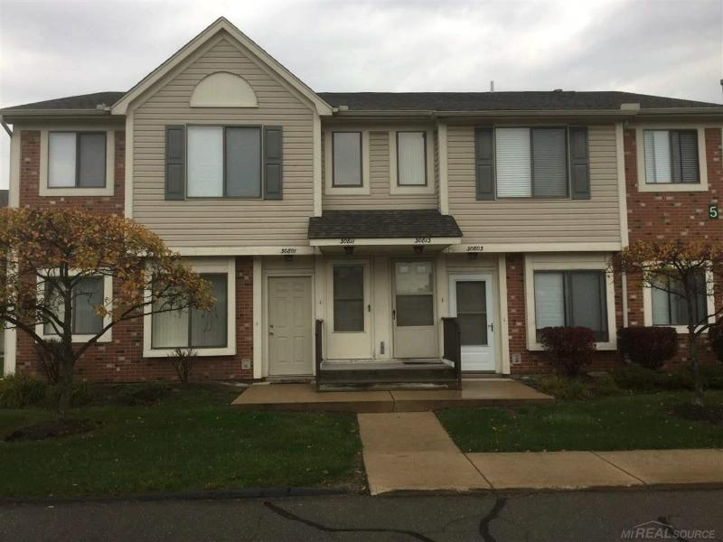 30811 Hidden Pines,  Roseville, MI 48066 by Realty Executives America $875