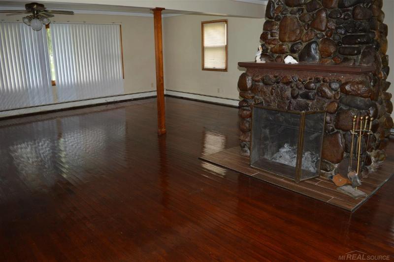 1923 Meadow Ln,  Algonac, MI 48001 by Sine & Monaghan Realtors Real Living $125,300