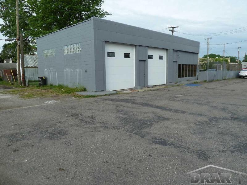205 Southfield Rd,  Ecorse, MI 48229 by Re/Max Masters, Inc. $195,000