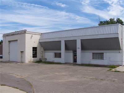 937 S Washington Avenue,  Holland, MI 49423 by Coldwell Banker Woodland Schmidt Commercial $649,000