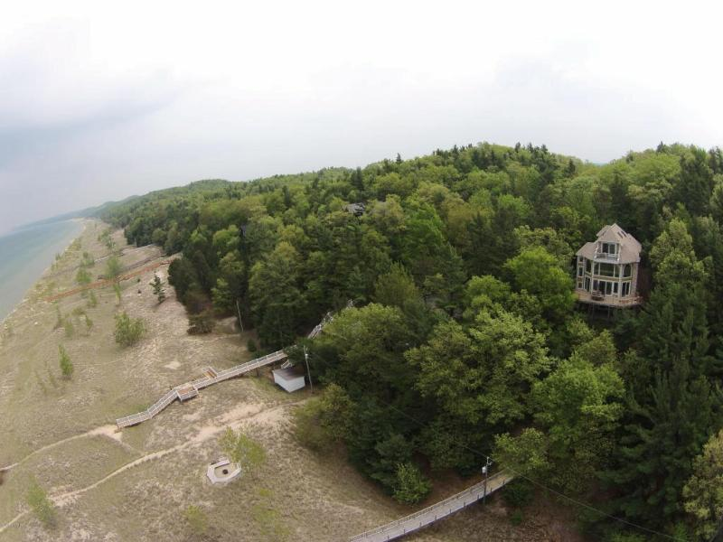 8369 Perry Avenue N Pentwater, MI 49449 by Coldwell Banker Woodland Schmi $1,350,000