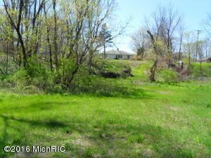 6800 Thornapple River Drive,  Alto, MI 49302 by Greenridge Realty (egr) $115,000