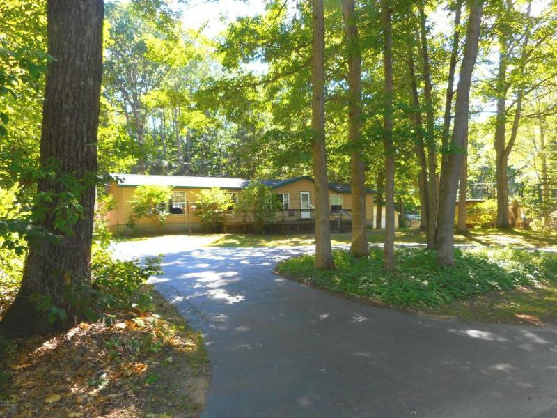 4881 N Ford Lake Rd.,  Fountain, MI 49410 by Greenridge Realty-Ludington $79,900
