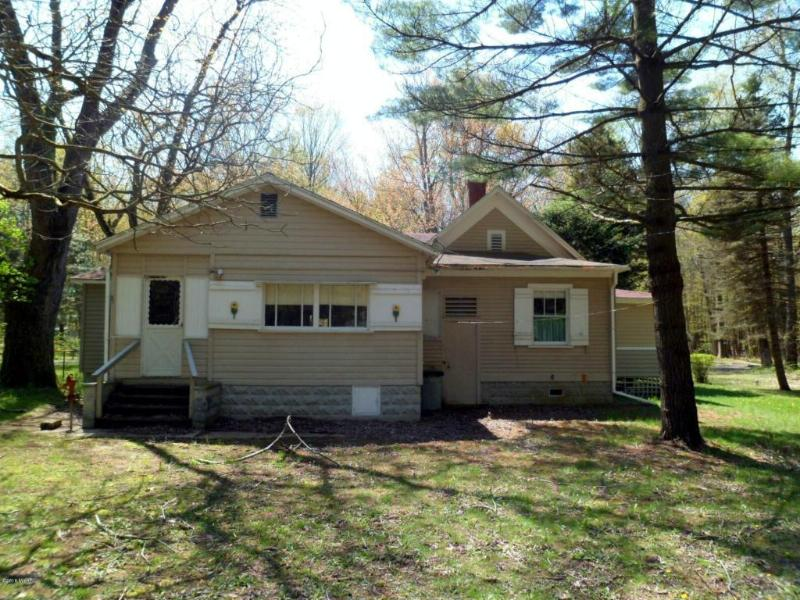 6953 121st Avenue,  Fennville, MI 49408 by Keller Williams Realty Holland $199,500