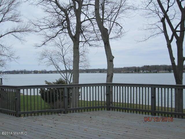 19650 Lakeshore Drive Three Rivers, MI 49093 by Berkshire Hathaway Homeservice $895,000