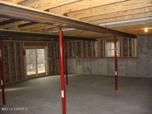56840 46 1/2 Street N Lawrence, MI 49064 by Preferred Real Estate Profess. $89,900