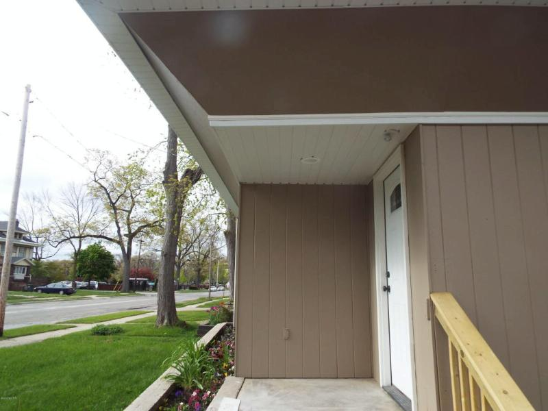 1643 Peck Street Muskegon, MI 49441 by Greenridge Realty $84,900