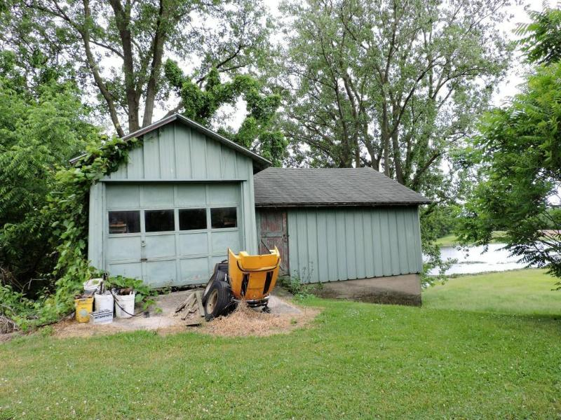 6750 Bailey Rd Eau Claire, MI 49111 by U-pick Realty $695,000
