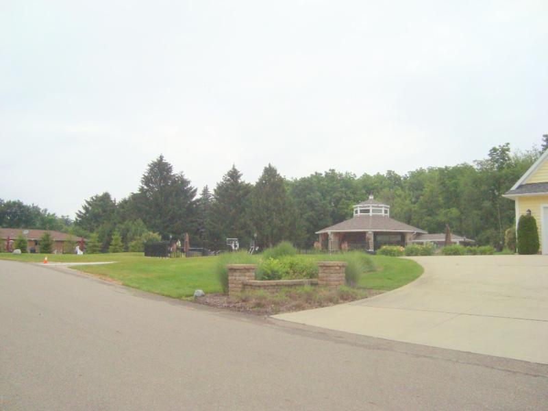 6002 Osprey,  Watervliet, MI 49098 by Coldwell Banker Anchor R.e. $110,000
