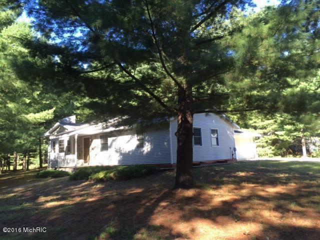 7312 Echo Lake  W Baldwin, MI 49304 by Big River Properties $127,900