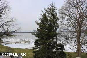 548 Bayview Drive,  Holland, MI 49423 by Five Star Real Estate Lakeshore Llc $1,125,000