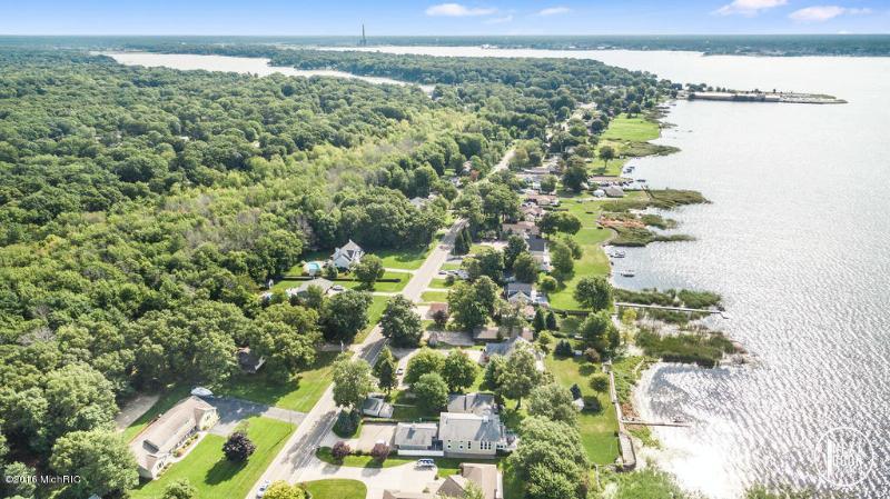 2586 Memorial Drive,  Muskegon, MI 49445 by Coldwell Banker Woodland Schmidt Muskegon $339,000