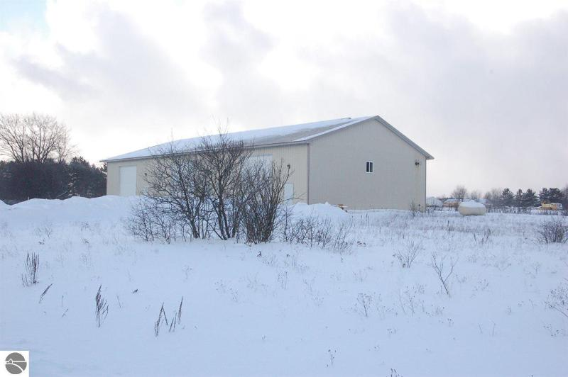 7547 E 34 Road,  Cadillac, MI 49601 by Premier Realty Co $25,000