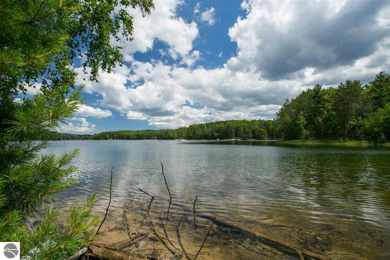 991 Tranquil Point Road Traverse City, MI 49686 by Coldwell Banker Schmidt-402 $175,000