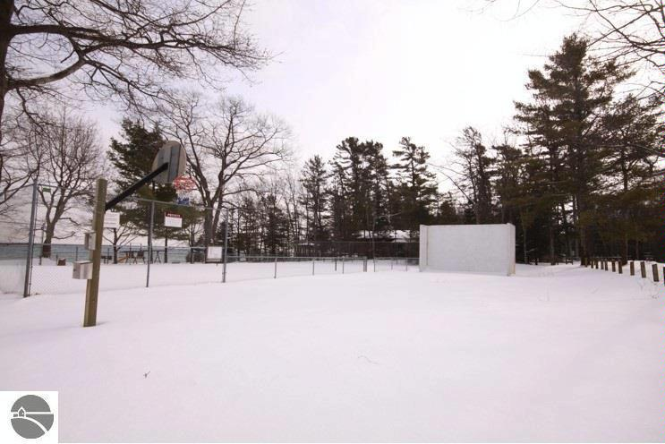 N Knollwood Drive,  Northport, MI 49670 by Coldwell Banker Schmidt-402 $13,500