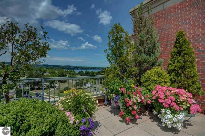 333 W Grandview Parkway,  Traverse City, MI 49684 by Coldwell Banker Schmidt-402 $495,380